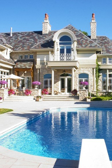 Luxury home with pool in Canada